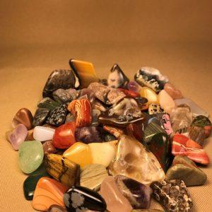 Tumbled stones, assorted